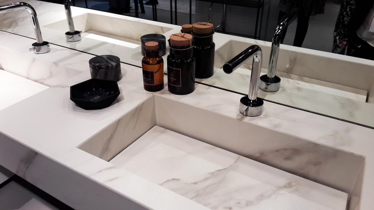 ideagroup-cubik-kerlite-finitura-calacatta-cersaie-2015-lavabo ...