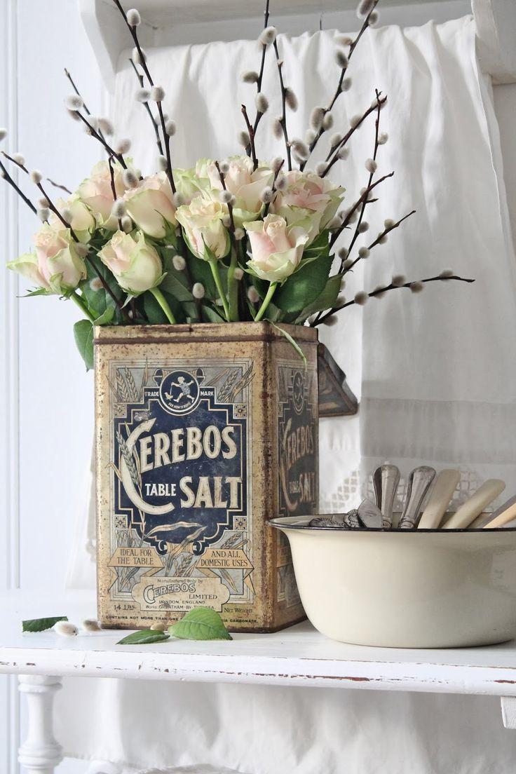 Vaso di recupero per fiori shabby chic ideagroup blog for Fiori di stoffa shabby chic