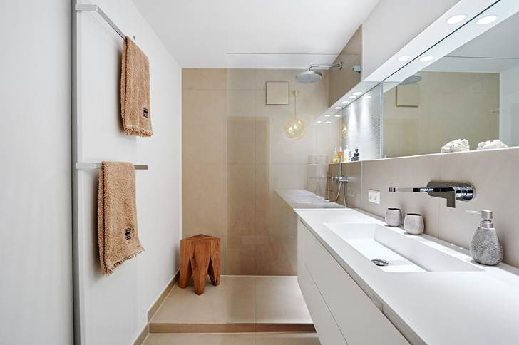 Bagno Stretto E Corto : Forum arredamento u disposizione bagno stretto e lungo