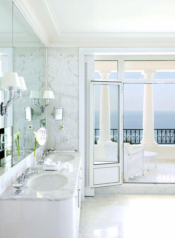 Bagno lusso idee creative su interni e mobili - Mobili bagno di lusso ...