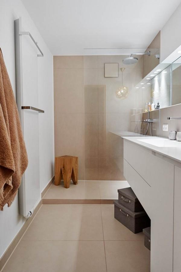 Come arredare un bagno lungo e stretto ideagroup blog - Bagno stretto e lungo lavatrice ...