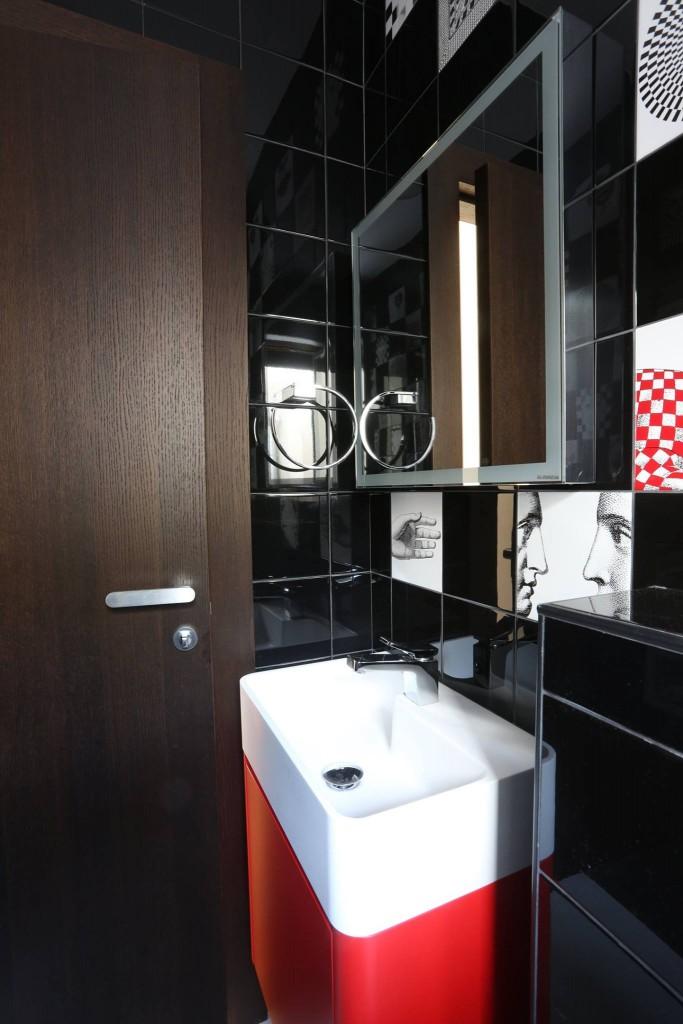 Arredo bagno rosso alba luxury apartments spalato for Arredo bagno rosso