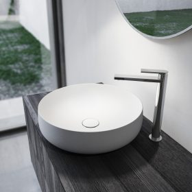 arredamento-bianco-e-nero-mobile-bagno-ideagroup-legno-teak