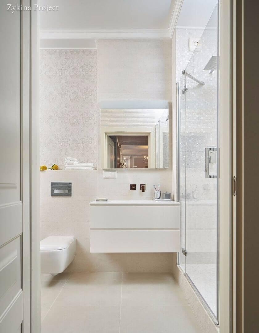 Un bagno bianco quando il non colore fa la differenza for Arredo bagno bianco