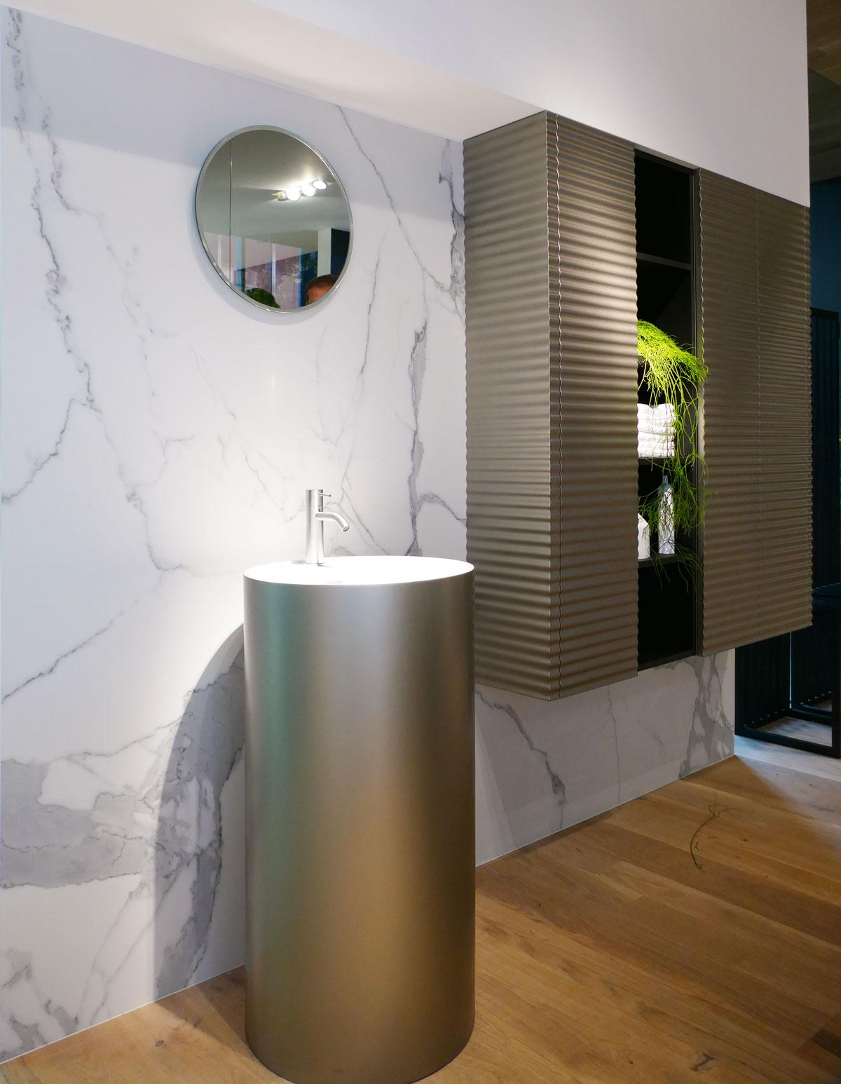 Articoli Per Bagno Milano lusso accessibile: quattro materiali per un bagno di