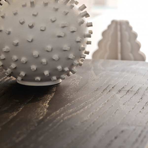 Piano in legno rovere con finitura piallata a mano