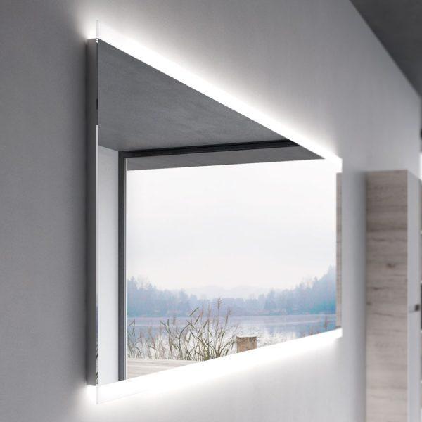 Specchiera con cornice perimetrale e illuminazione a led integrata